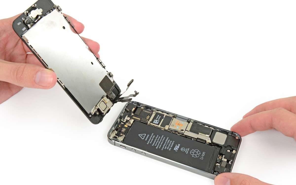 iPhone Ekran Tamiri Nerede Yapılır